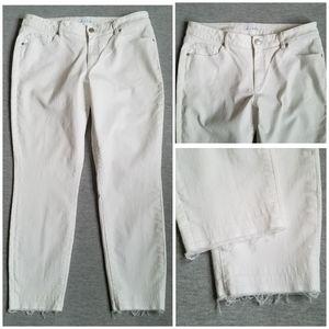 LOFT skinny ankle curvy released hem jeans white